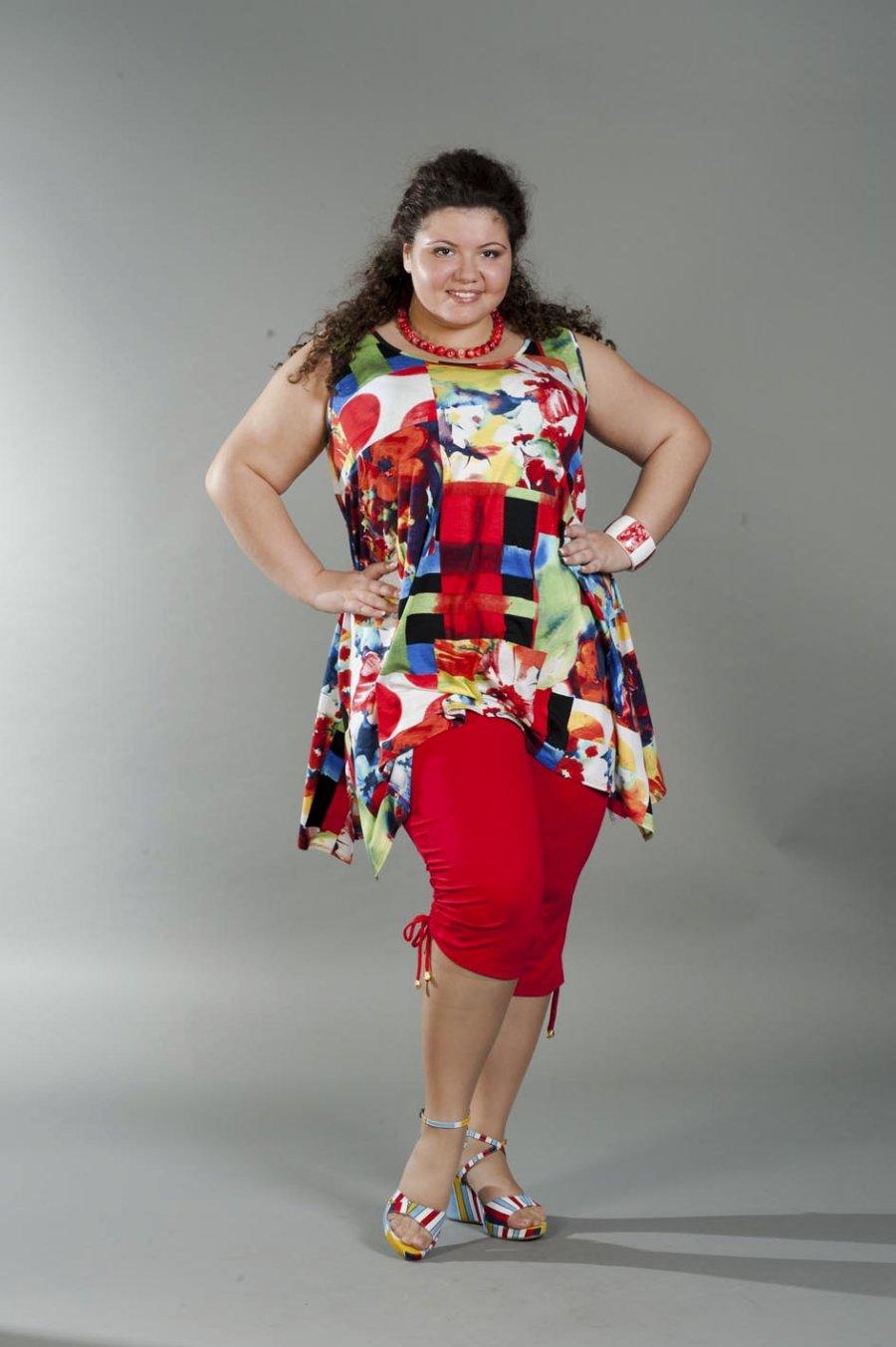 Фото простых но красивых платьев на толстушек 30 фотография